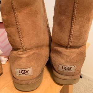 Women's Ugg boots in camel